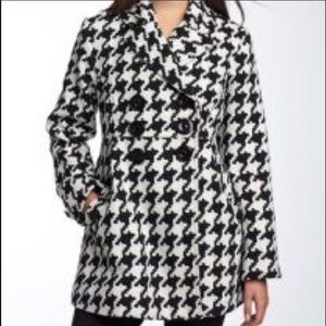 Houndstooth print pea coat by Jolt. Size XL